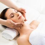 Im Wellnesshotel Binder bei Passau erhalten Sie Massagen, Peelings und Packungen, die auf ihren Hauttyp abgestimmt sind.