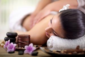 Tageswellness mit entspannender Massage im Wellnesshotel Binder in Büchlberg