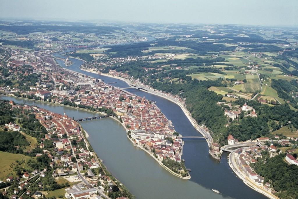Ballonfahrt über Dreiflüssestadt Passau bei einem Urlaub im Bayerischen Wald erleben