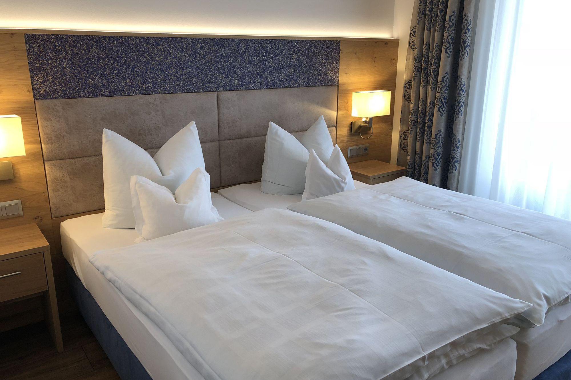 https://www.hotelbinder.de/wp-content/uploads/doppelzimmer1_2.jpg