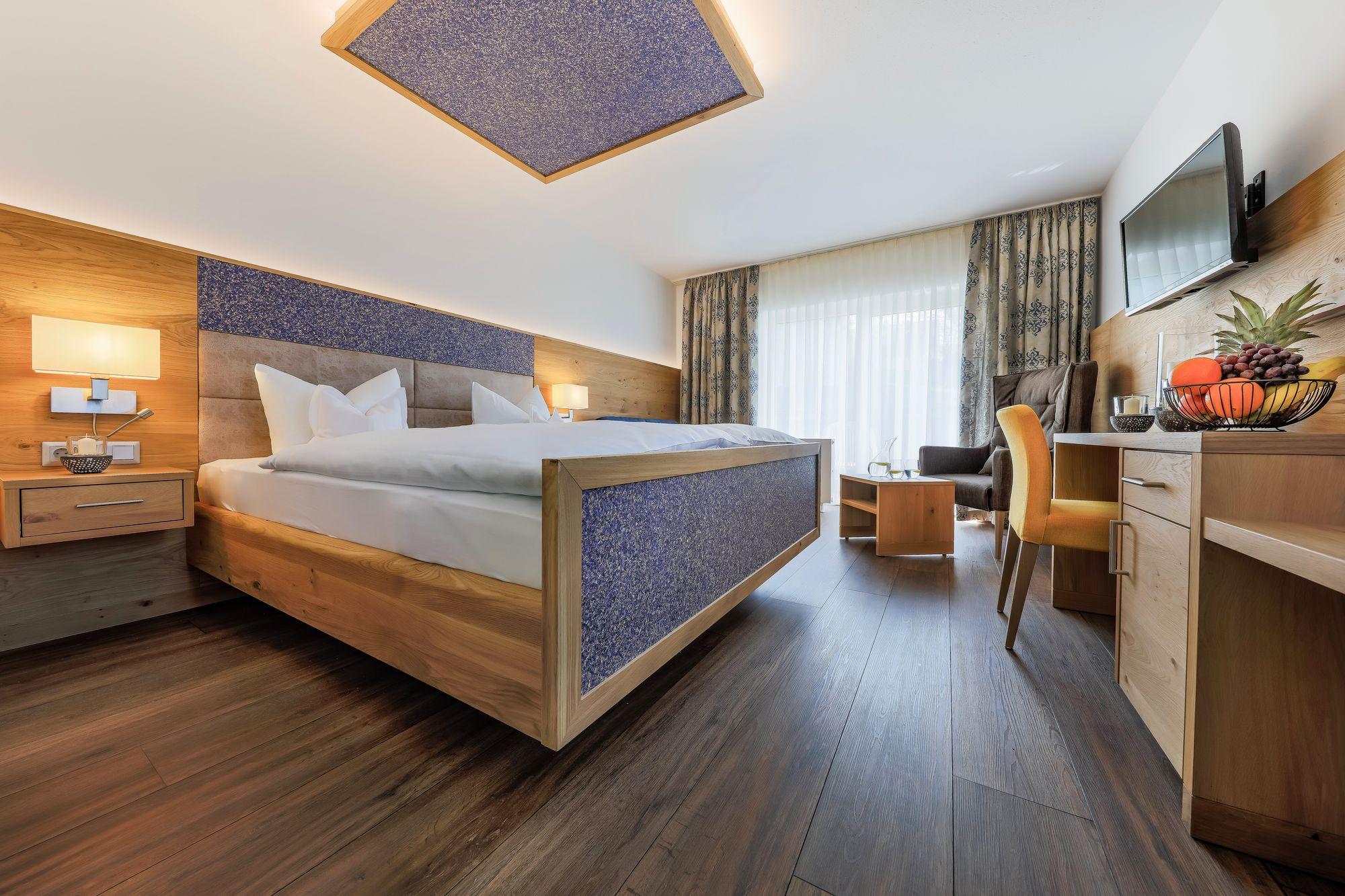 https://www.hotelbinder.de/wp-content/uploads/doppelzimmer2_3.jpg