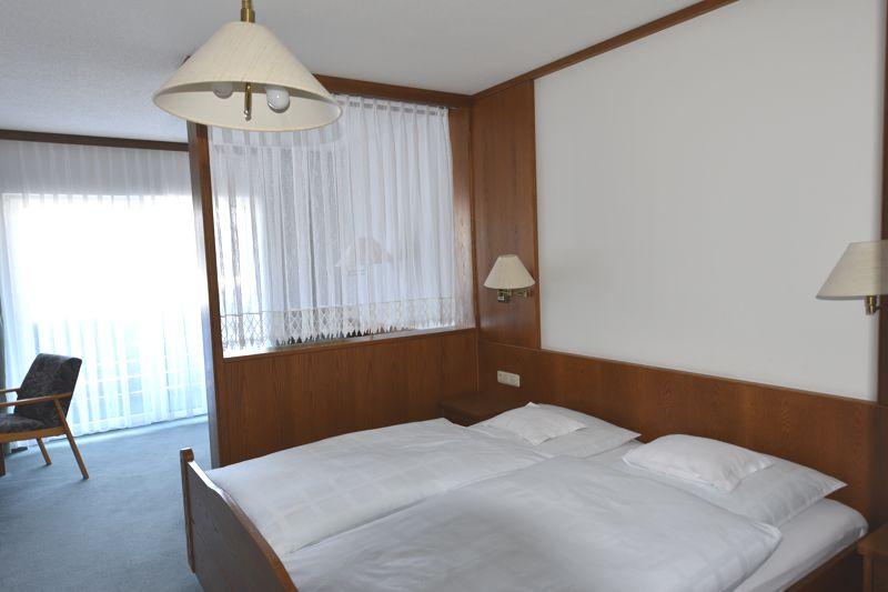 https://www.hotelbinder.de/wp-content/uploads/doppelzimmer3_2.jpg