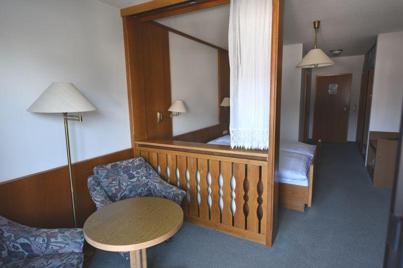 https://www.hotelbinder.de/wp-content/uploads/doppelzimmer3_3.jpg