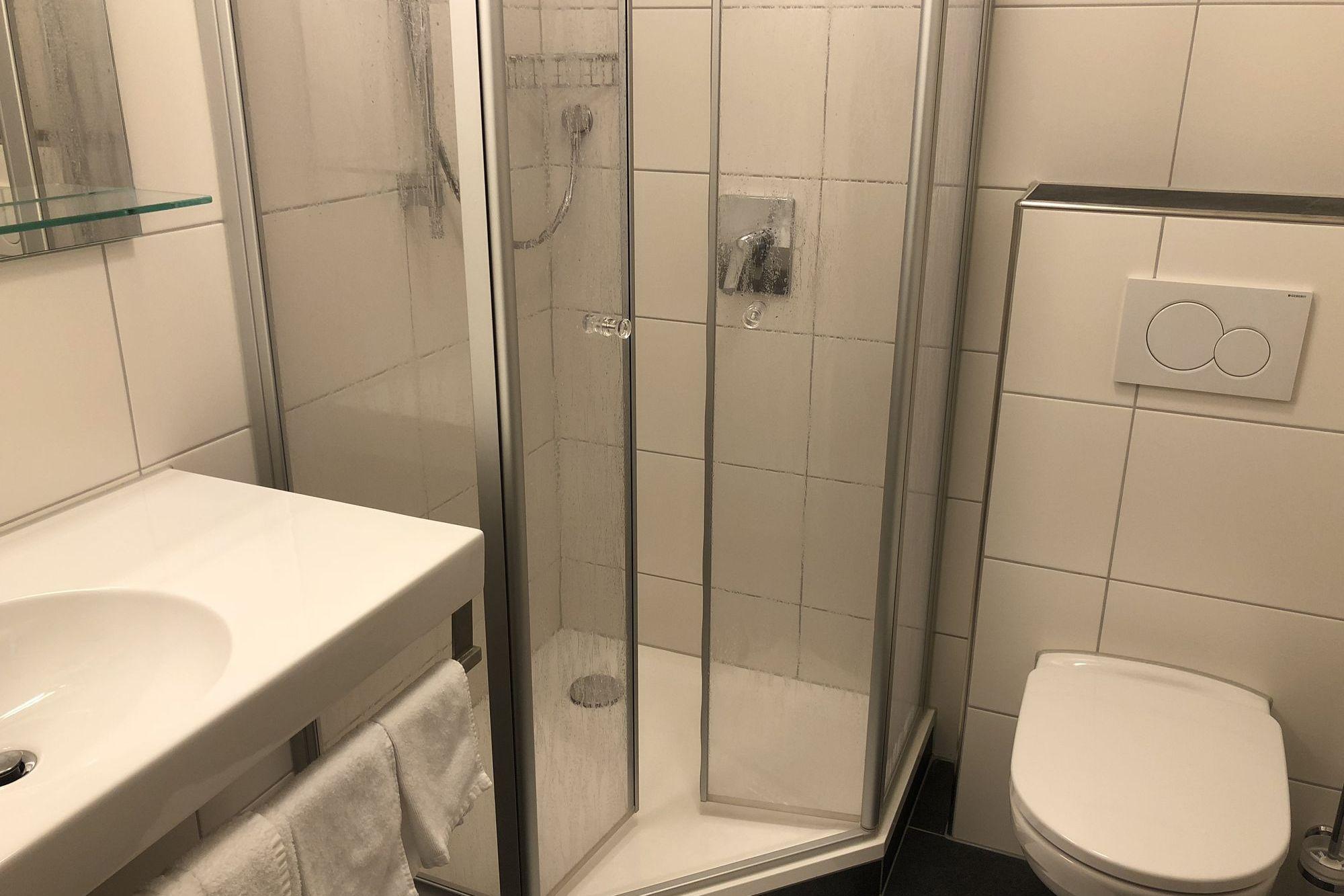 https://www.hotelbinder.de/wp-content/uploads/einzelzimmer1_3.jpg
