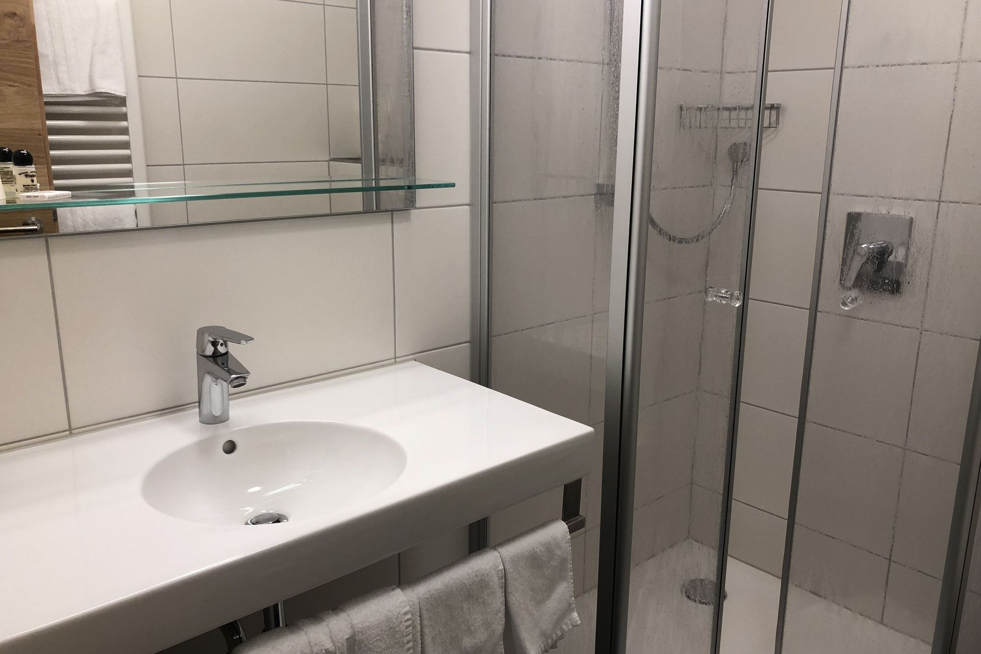 https://www.hotelbinder.de/wp-content/uploads/einzelzimmer1_5.jpg