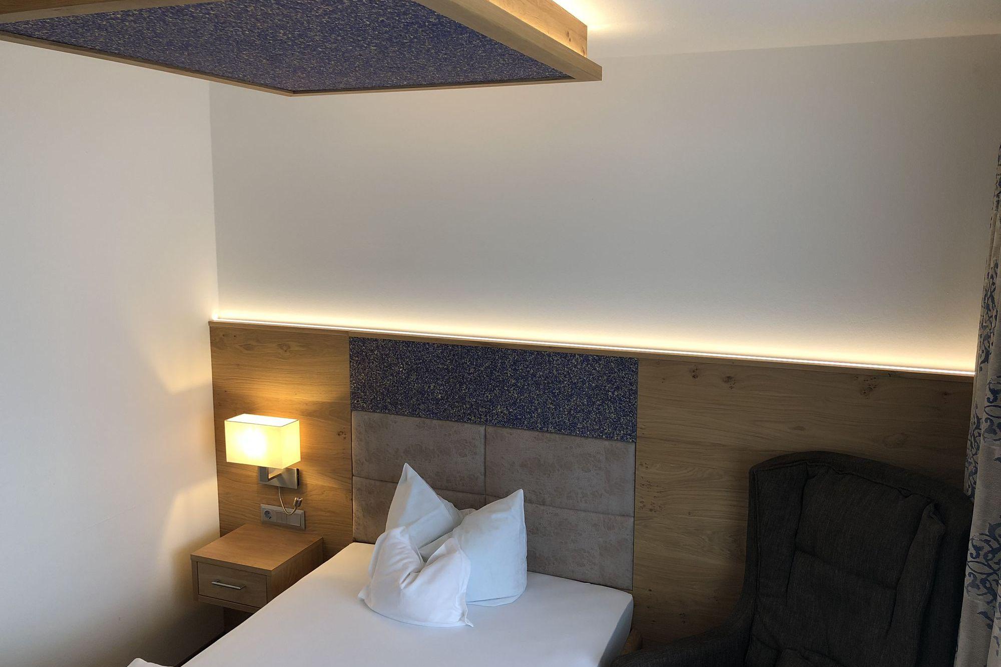 https://www.hotelbinder.de/wp-content/uploads/einzelzimmer2_7.jpg